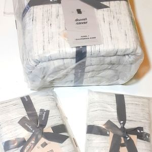 West Elm Belgian Flax Linen Duvet And Pillow Shams